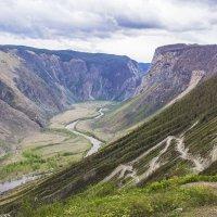 Перевал Кату-Ярык, спуск к Чулышману :: Ольга Волкова