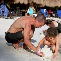 строим замок из песка... :: Надежда Шемякина