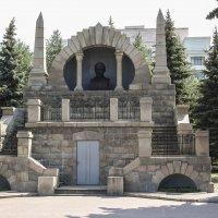 Челябинский Мавзолей :: Александр Ширяев