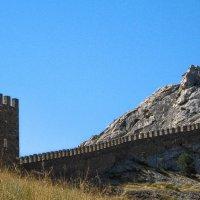 Генуэзская крепость(фрагмент) :: Дмитрий С