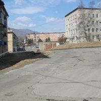 Площадь города Партизанска и администрация города :: Анатолий Кузьмич Корнилов