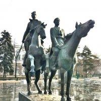 Фрагмент скульптурной композиции ( увеличенный ) :: Владимир Прокофьев