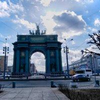 Нарвские ворота с тыла :: Сергей Базылев