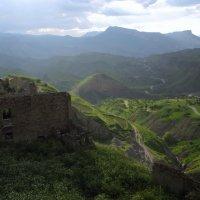 Вид из села Чох в Дагестане :: Михаил Онипенко