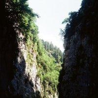 Ущелье :: Александр Ханин