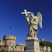 Рим, мост Святого Ангела, Ангел с крестом :: Татьяна Нестерова