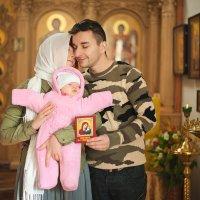 Мои друзья, семья и любовь не обсуждаются! Они идеальные и точка. :) :: Алексей Латыш