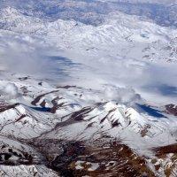 Пролетая над горами Афганистана :: Григорий Карамянц