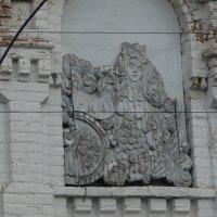 На одних воротах в п. Покча Чердынского района :: Алексей Чирков