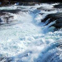 водопады :: Елена Познокос