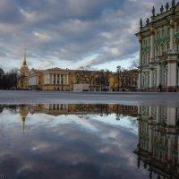 На Дворцовой площади... :: Владимир Горубин