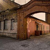 Старая арка :: Лидия Цапко