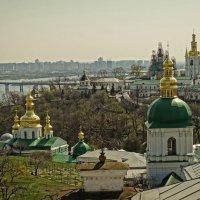 Весенняя прогулка по Киево-Печерской Лавре-6 :: Владимир Бровко