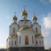 Строящийся храм в честь Святой Троицы :: Александр Лысенко
