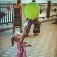 Девочка с шариком :: Анзор Агамирзоев