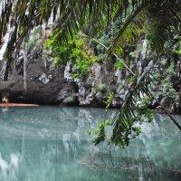 голубое озеро :: Любовь Диас Валдес