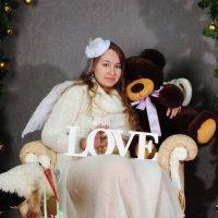 Love :: Ксения Угарова