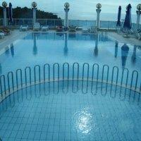 Опустевший бассейн :: Светлана Игнатьева