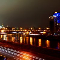 Ночная Москва. Дождь. :: Андрей Егоров
