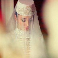 осетинская невеста... :: Батик Табуев