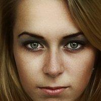 her eyes :: Светослав Свет