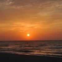 восход солнца :: Алина Маримончик