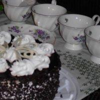 Торт на столе. :: Виктория Тихонова