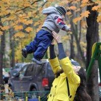Мама, мама, я лечу... :: Артём Шипов