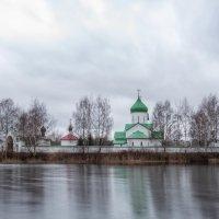 Церковь на островке :: Алексей Кудрявцев