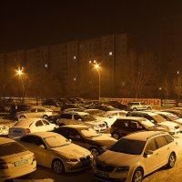Ночная автостоянка. :: Viktor Сергеев