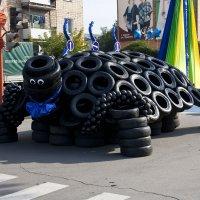 Черепаха  из  колес :: Виктор