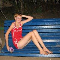 Девушка в красном :: Константин Сафронов