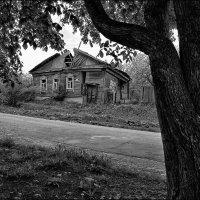 старый дом :: Сергей Демянюк