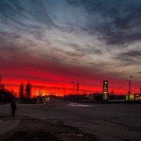 недобрый рассвет... :: Виктор Грузнов