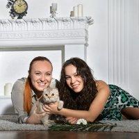 Сестры и кот :: Наталья Первова