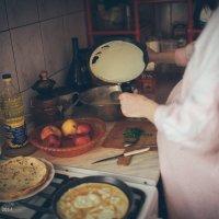 Домашние блины :: Андрей Желудков