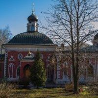 Преображенский монастырь.Уникальнное соседство под одной крышей. :: Лариса *
