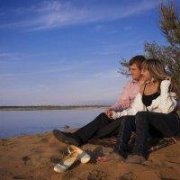 любовь-это смотреть в одном направлении... :: Катерина Сергунина
