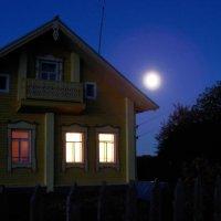 Лунным вечером :: Иван Клещин