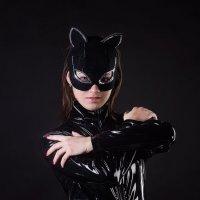 Женщина-кошка :: Anna Lipatova