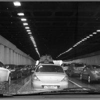 Москва из окна автомобиля :: Михаил Розенберг