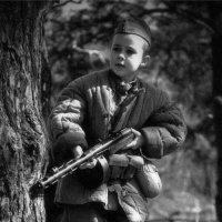 Мама, я смогу тебя защитить... :: Максим Бочков