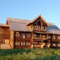 Дом на острове Кижи. :: Николай Тренин