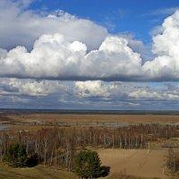 Облака в окно :: Людмила Алексеева
