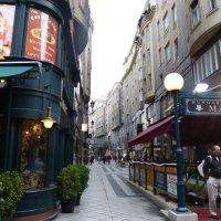 Улица Ваци в Будапеште. :: Инна C