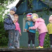 Ребята с нашего двора. :: Андрей