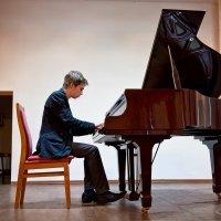 Конкурс на лучшее исполнение музыкального произведения-2 :: Алёна Михеева