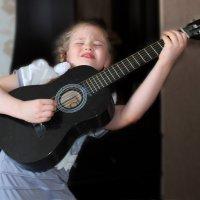 Я играю... :: Эркин Ташматов