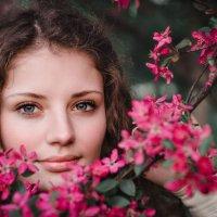 Весны вдыхая аромат... :: Елена