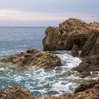 Скалы и море :: Witalij Loewin